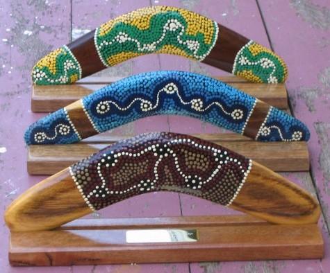 how to make a traditional aboriginal boomerang